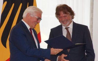 Arved Fuchs bekommt Verdienstkreuz